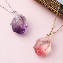 Thumb mineral necklace201807
