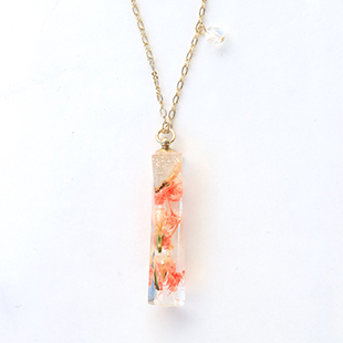 Beads rsp15resin herbarium necklace2