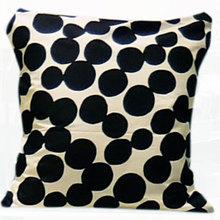 Thumb straight cut cushion cover bk310