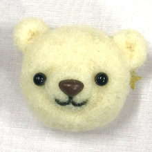 Thumb wool felt bear brooch