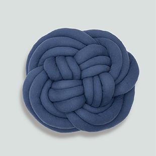 Knot yarn awaji